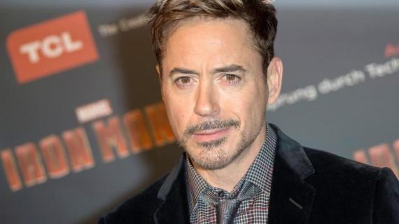 Downey Jr. bei der Filmpremiere 'Iron Man 3' am 14.04.2013 in Paris