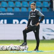 Stefan Leitl ist weiter der Trainer des FC Ingolstadt. Foto: Guido Kirchner