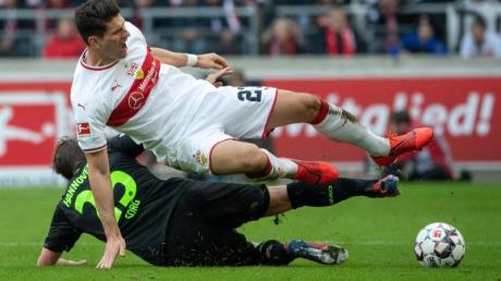 Die 2. Liga startet mit dem Duell der beiden Absteiger: VfB Stuttgart gegen Hannover 96.