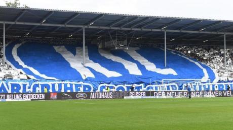 Das Sportgericht des Deutschen Fußball-Bundes verhandelt einen möglichen Präzedenzfall in Sachen Pyrotechnik zwischen dem DFB und dem KSC.