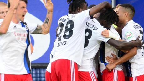 Die Hamburger eroberten mit einem Sieg gegen den VfL Bochum die Tabellenspitze.