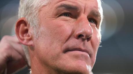 Hannovers Trainer Mirko Slomka war nach der 0:4-Niederlage gegen Nürnberg bedient.