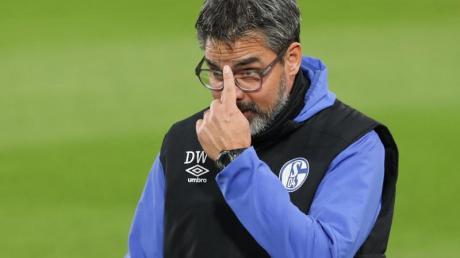Schalke-Trainer David Wagner hält viel von Arminia Bielefeld. Foto: Friso Gentsch/dpa