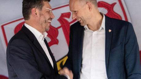 Präsidentschaftskandidaten beim VfB Stuttgart:Christian Riethmüller (r) und Claus Vogt. Foto: Marijan Murat/dpa