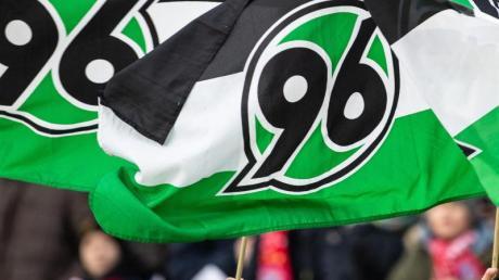 Hannover 96 ist auf der Suche nach einem neuen Trainer. Foto: Swen Pförtner/dpa