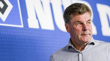 Der HSV mit Trainer Dieter Hecking tritt in der 2. Liga am 30.1.20 gegen den 1. FC Nürnberg an. Hier gibt es die Infos zur Übertragung im TV und Live-Stream.