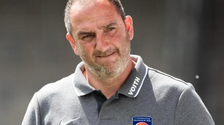 Schläft immmer gut: Heidenheims Trainer Frank Schmidt.