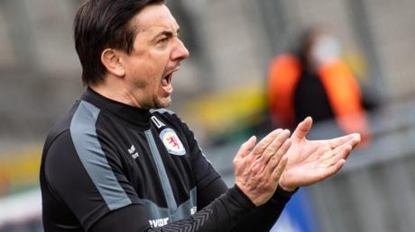 Geht nicht mit Eintracht Braunschweig in die 3. Liga: Trainer Daniel Meyer.