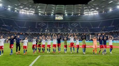 Die HSV-Spieler könnten unter 2G-Bedingungen wieder im einen voll ausgelastetenn Stadion spielen.