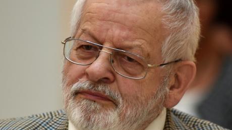 Wulf-Dietrich Kavasch ist gestorben.