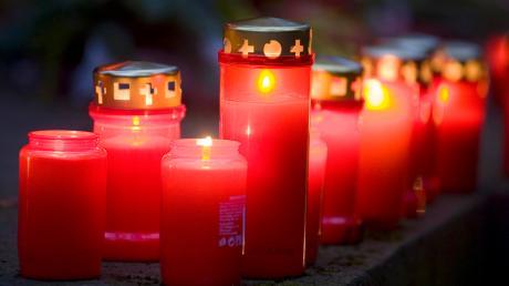 An Allerseelen - 2019 ein samstag - gedenken wir der Verstorbenen und ihrer Seelen. Ein gesetzlicher Feiertag ist allerdings nicht.