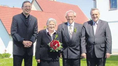 Elisabeth und Anton Mair erneuerten nun ihr Eheversprechen.