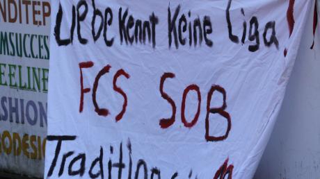 Wenigstens die Fans halten noch zum FC Schrobenhausen, der sportlich sehr gebeutelt daherkommt.