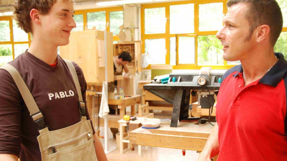 berufsorientierung speeddating f r azubis und betriebe nachrichten aichach augsburger. Black Bedroom Furniture Sets. Home Design Ideas