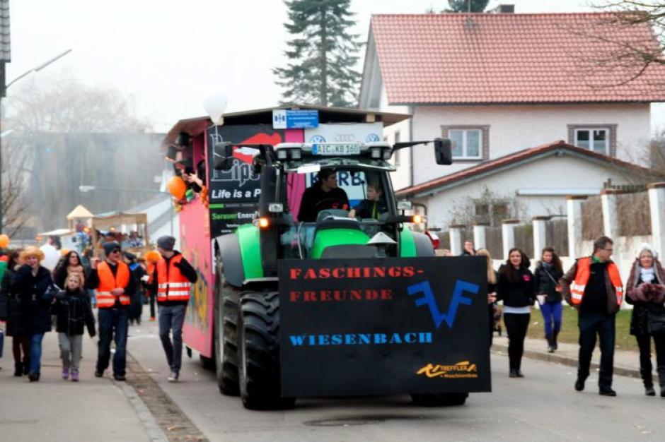 Fasching Umzug In Pottmes Nachrichten Aichach Augsburger Allgemeine