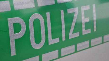 Die Aichacher Polizei wurde zu einem Unfall in Kühbach gerufen. Symbolbild: Wolfgang Widemann