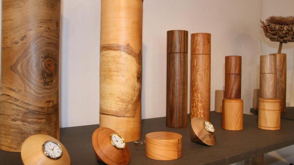 Hühnerfamilie bunt gedrechselt Holz