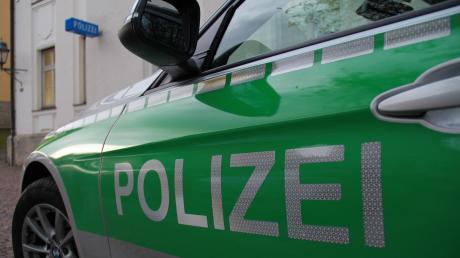 Die Polizei meldet einen Reitunfall bei Ederheim. (Symbolbild)