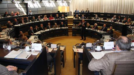 Rudi Fuchs wechselt im Kreistag Aichach-Friedberg von der CSU-Fraktion zu den Freien Wählern.