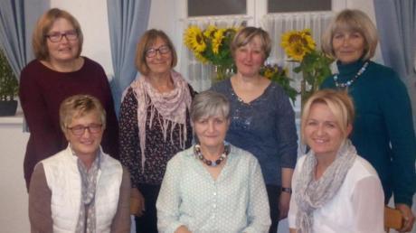 Der Vorstand des Frauenbundes Klingen stellte sich wieder zur Verfügung: (stehend von links) Monika Schlatterer, Grete Riedlberger, Carola Lehrer, Hildegard Aidelsburger sowie (sitzend von links) Rosemarie Breitsameter, Monika Baiersdorfer, Silvia Kraus.