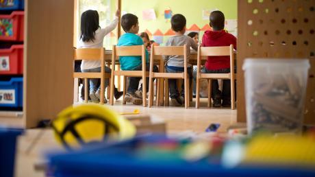 Adelsried will Eltern die Gebühren für die Kinderbetreuung unter bestimmten Voraussetzungen erstatten.