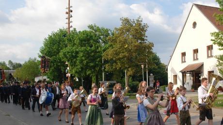 Adelzhs-Messe-AZ-4-5-18.jpg
