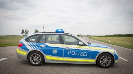 Ein 23-jähriger Mann aus dem Schrobenhauser Ortsteil Sandizell ist Sonntagnachmittag völlig ausgerastet. (Symbolbild)
