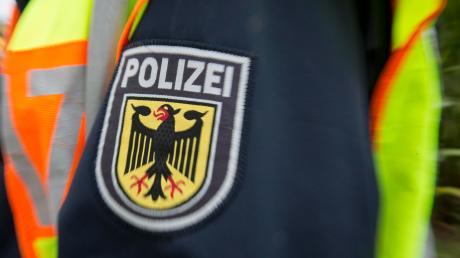 Die Fälle von zerkratzten Autos im Gemeindegebiet Dasing häufen sich. Die Polizei steht vor einem Rätsel. Symbolbild