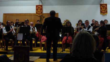 Von Jahr zu Jahr wird das Adventskonzert des Musikvereins Obergriesbach abwechslungsreicher.