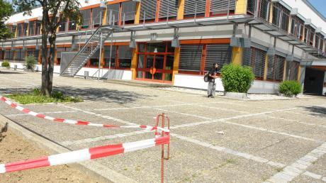 Copy%20of%20Pausenhof_28.Juni_2011_002.tif