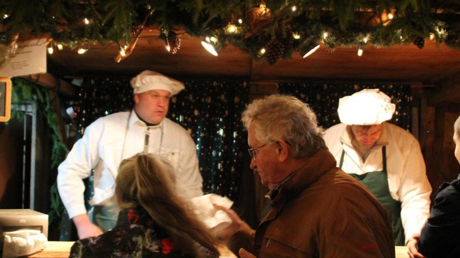 Weihnachtsmarkt Aichach.Affing Ponyreiten Feiert Premiere Auf Dem Weihnachtsmarkt