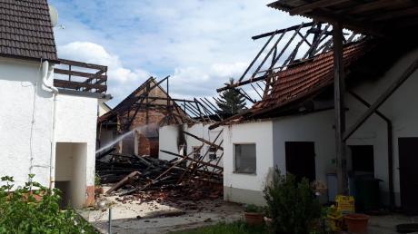 Ein hoher Schaden war im Juni vergangenen Jahres beim Brand einer Scheune im Affinger Ortsteil Haunswies entstanden. Die Zusammenarbeit der Feuerwehren klappte gut bei diesem Einsatz.