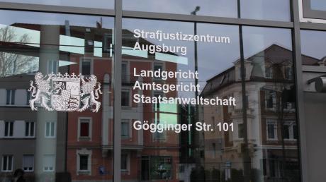 Am zweiten Prozesstag kamen auch einige Ärzte zu Wort, die das Opfer im Uniklinikum Augsburg behandelt hatten.