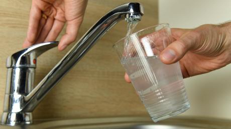 In Todtenweis steigen die Grundgebühren fürs Wasser.