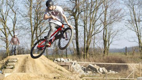 In Wertingen im Nachbarlandkreis Augsburg gibt es bereits einen Dirtpark für junge Biker. Auch in Aindling soll einer entstehen.