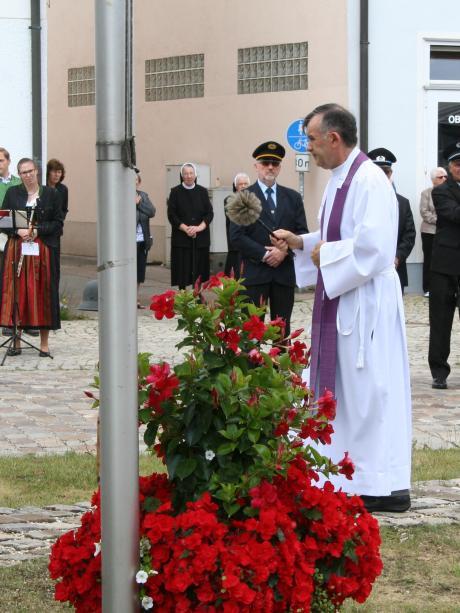 Veranstaltung: Vereine gedenken der Kriegsopfer
