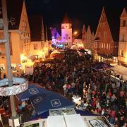 Voll ist es normalerweise beim Aichacher Stadtfest. Heuer fällt es wegen Corona aus.