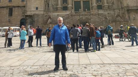 Nach 500 Kilometern stand der Jakobspliger Karl Bartsch aus Handzell vor dem erwanderten Wunschziel aller Pilger: der Kathedrale von Santiago de Compostela im spanischen Galizien.