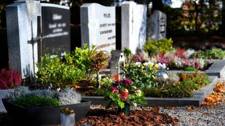 Grabpflege_Friedhof_Leipheim_Okt18_5.JPG