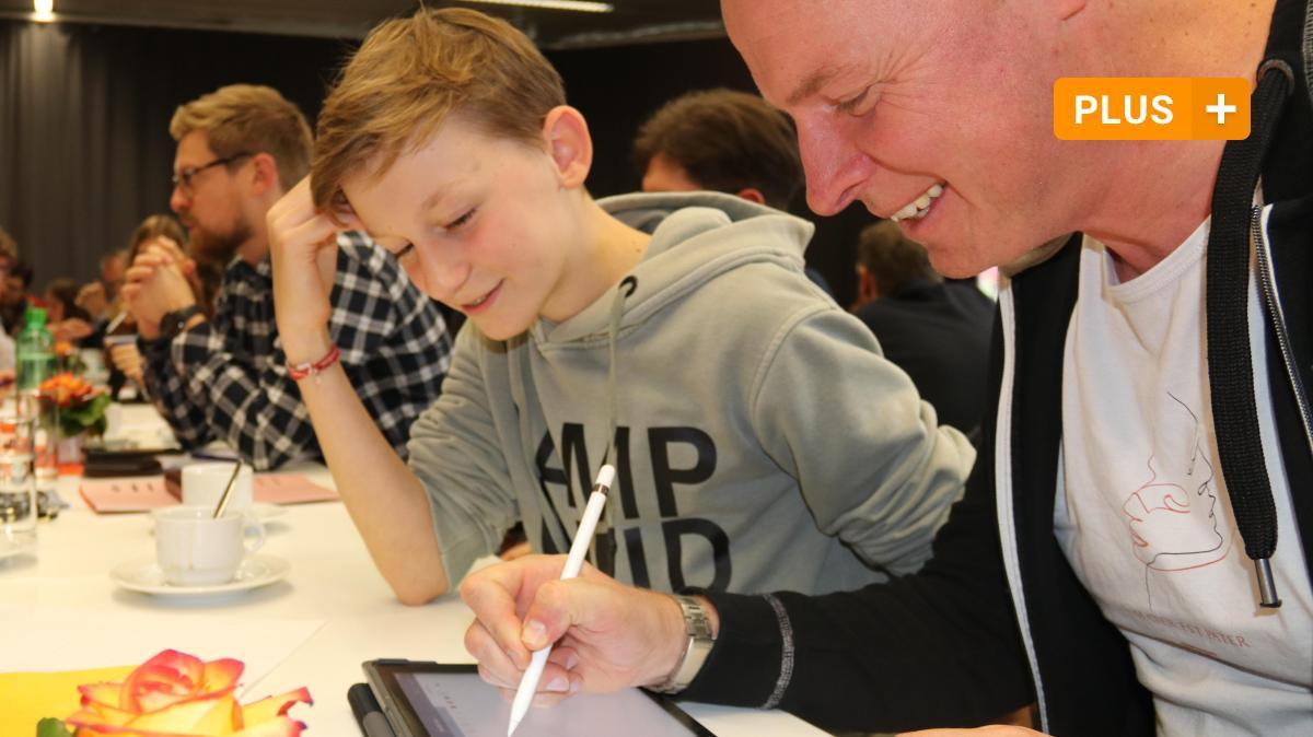 Tablet-Klasse: Wenn Lehrer zu Schülern werden - und umgekehrt - Augsburger Allgemeine