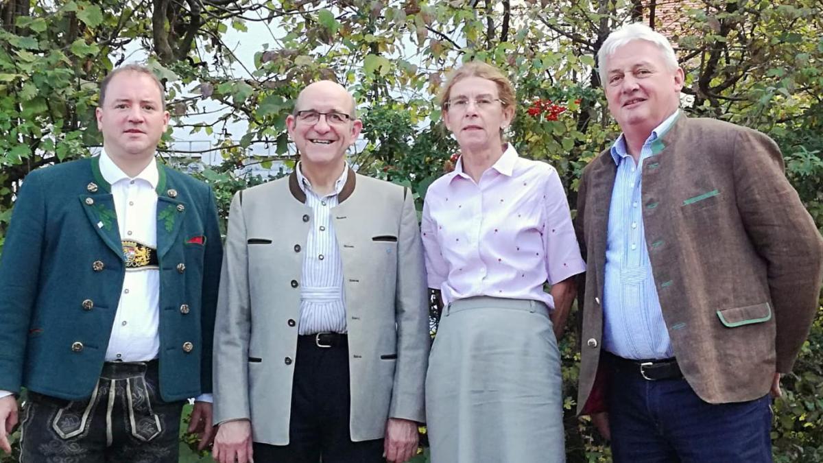 Bradl übernimmt Vorsitz des Fördervereins Bairische Sprache - Augsburger Allgemeine