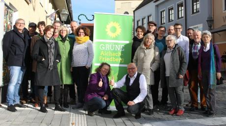 Mindestens verdoppeln möchten die Grünen in Aichach die Zahl ihrer bisher zwei Sitze im Stadtrat. Sie nominierten  30 Kandidaten und fünf Ersatzkandidaten.