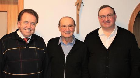 Zum 80. Geburtstag von Josef Lohner gratulierten auch Bürgermeister Karl Metzger (links) und Dekan Stefan Gast.