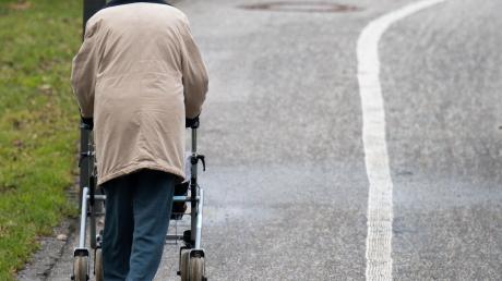 Es geht um Hilfe für Senioren, die weniger mobil sind.