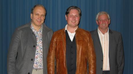 Sie wurden in Stotzard für die Parteilosen Wähler Aindling (PWA) für die Wahl zum Aindlinger Gemeinderat nominiert: (von links) Olaf Müller, Uwe Späth und Josef Settele.
