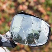 Am frühen Sonntagmorgen haben Randalierer in Betlinshausen mehrere Autos beschädigt.