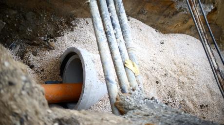 Ein Kanalanschluss wird in Sielenbach künftig teurer.