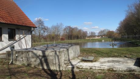 Die Gemeinde Adelzhausen muss eine neue Kläranlage bauen. Das kostet voraussichtlich rund eine Million Euro.