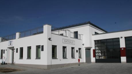 Ein neues Rathaus, kombiniert mit einem neuen Feuerwehrhaus hinterlässt Bürgermeister Josef Schreier seinem Nachfolger in Schiltberg.