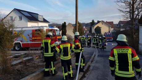 Wenn die Feuerwehr im Einsatz ist, fallen Kosten an. Im Aichacher Finanzausschuss ging es um die Satzung, die das regelt.